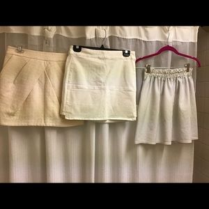 Bundle lot 3 mini Skirt white summer CUTE size S